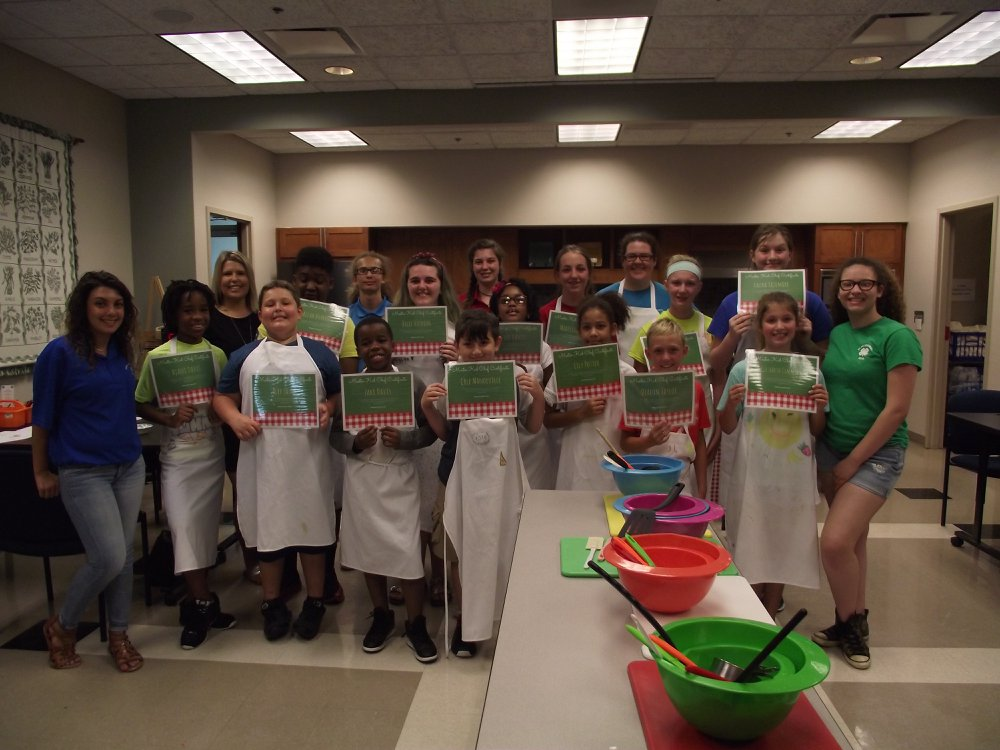 Image of 4-H summer interns