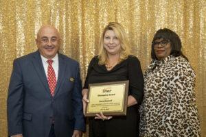 Dana Braswell wins the EFNEP Champion Award