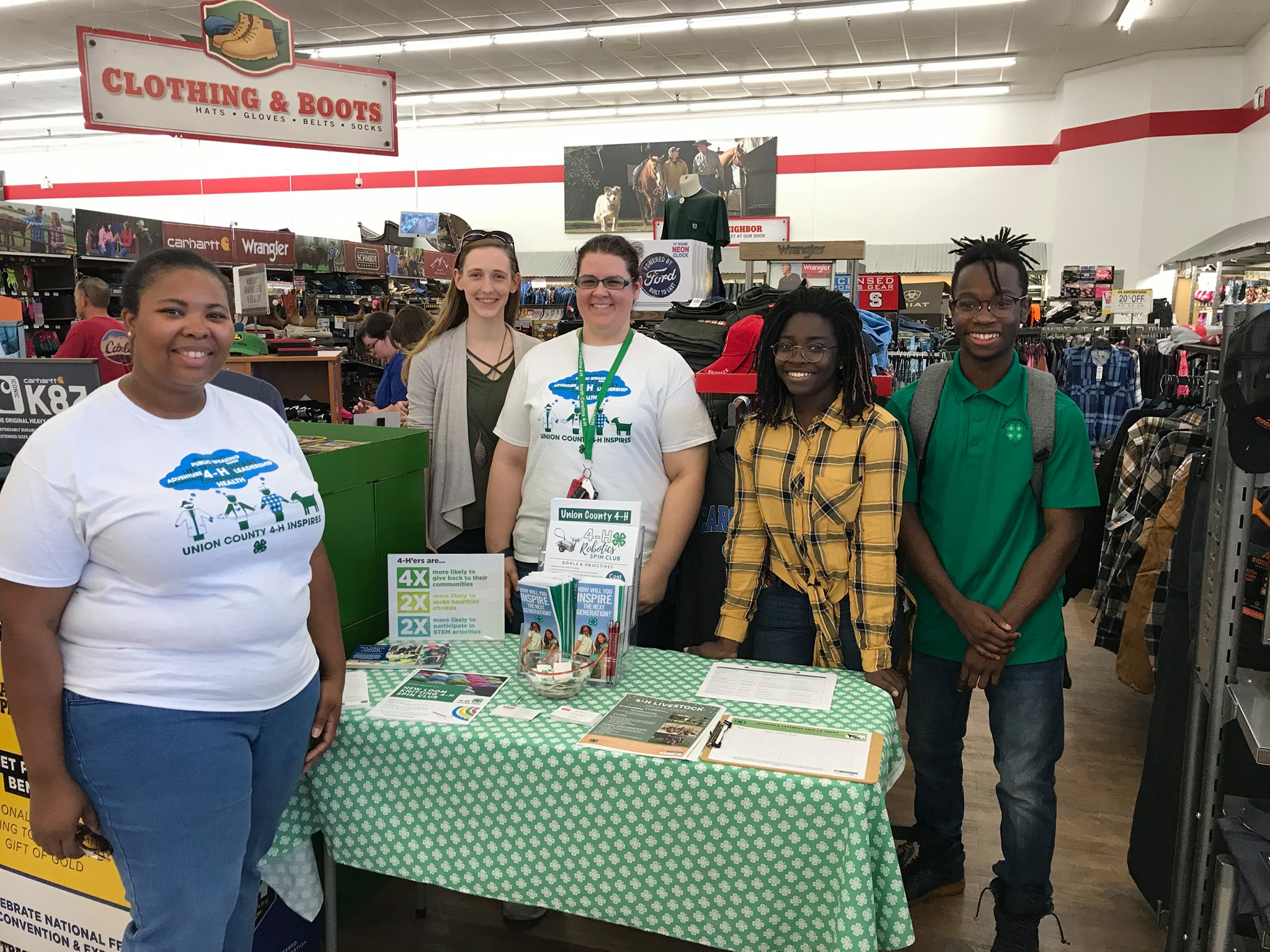4H staff and members at Tractor Supply for Paper Clover Campaign 2019