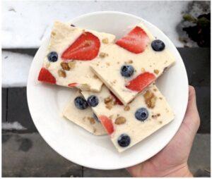 Yoghurt and Fruit Frozen Bars